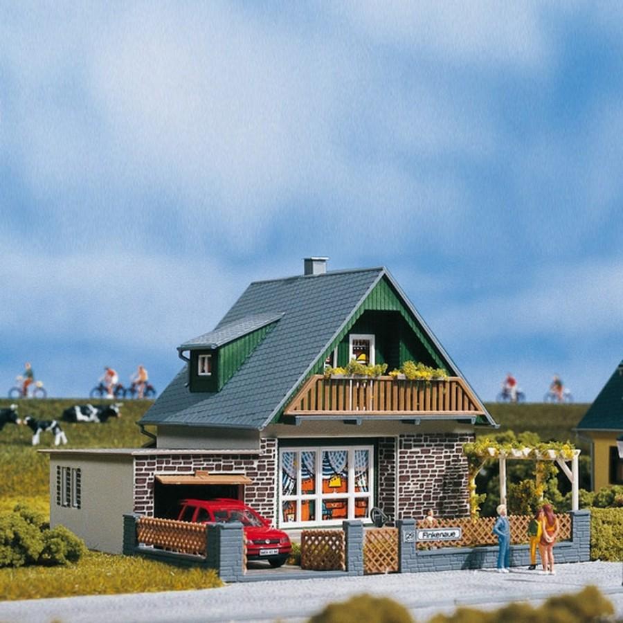 Maison individuelle avec garage-HO-1/87-AUHAGEN 11387