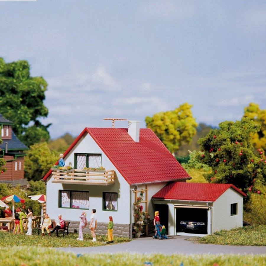 Maison individuelle avec garage-HO-1/87-AUHAGEN 12222