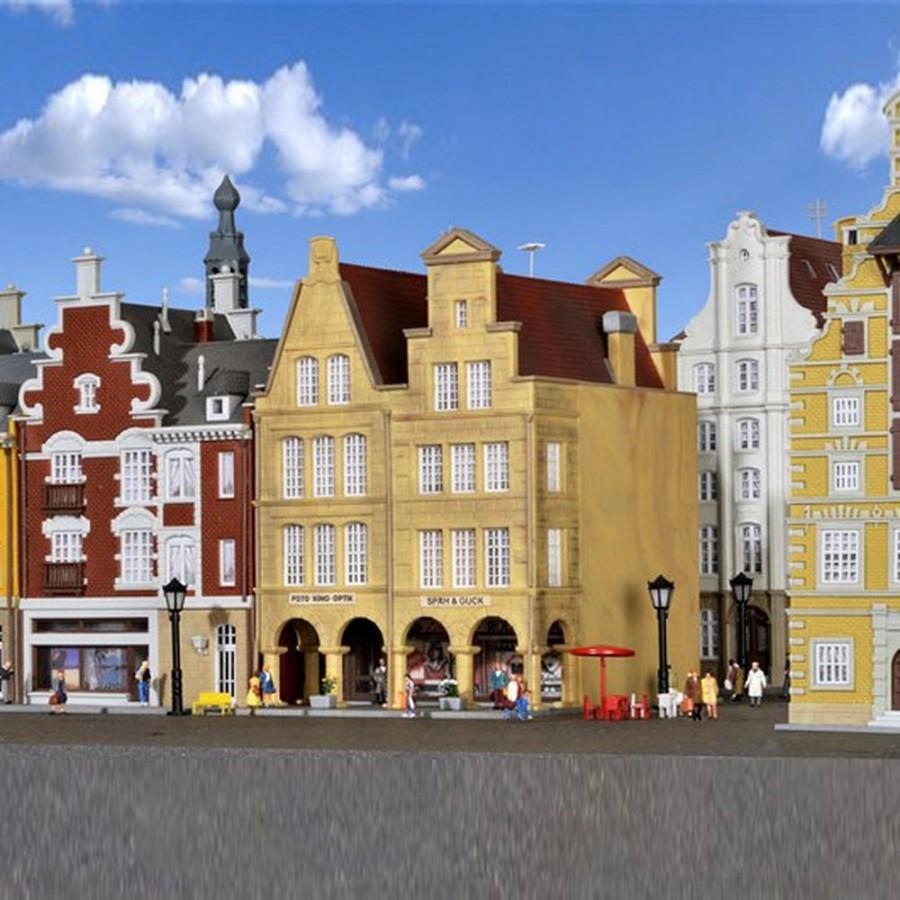 2 maisons de ville avec arcades commerçantes-N-1/160-KIBRI 37153