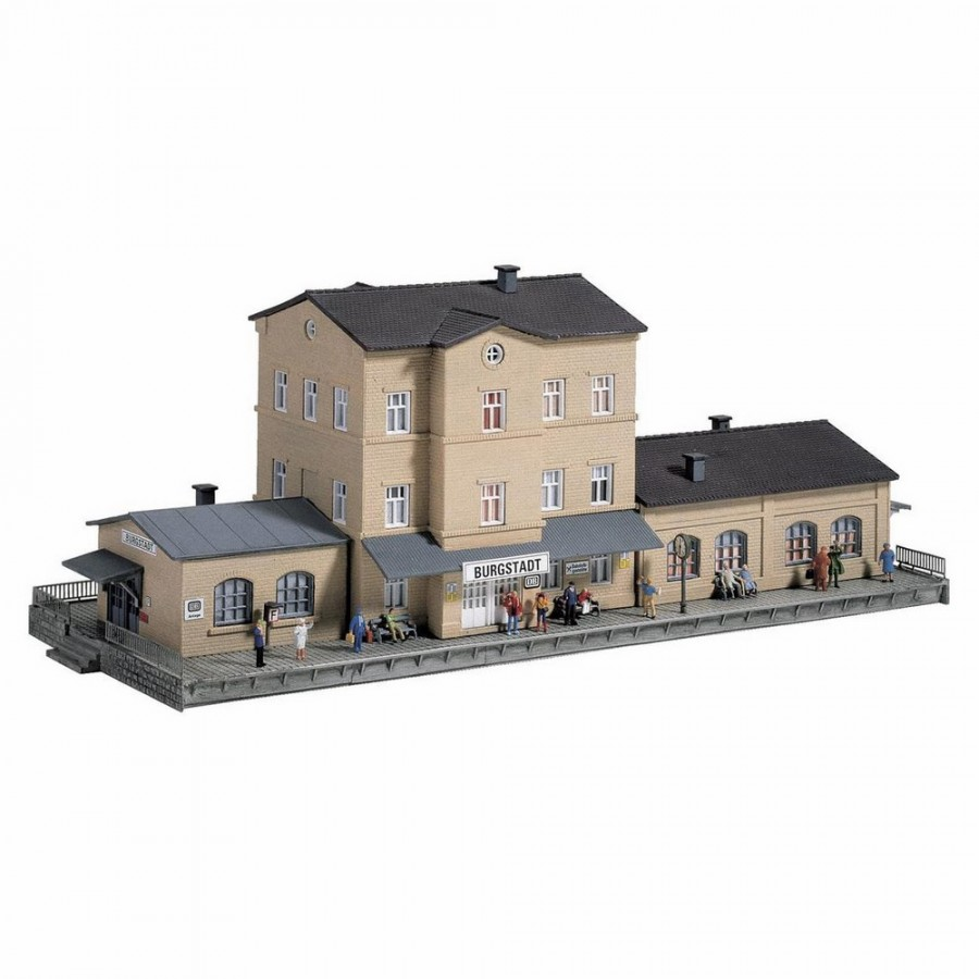 Gare de village-N-1/87-PIKO 60023