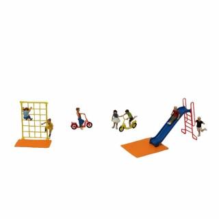 Jeux d'enfants urbain avec enfants-HO-1/87-PREISER 10616