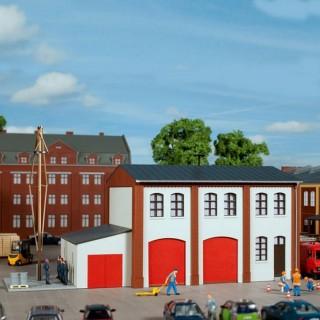 Petite caserne de pompier de village-HO-1/87-AUHAGEN 11426