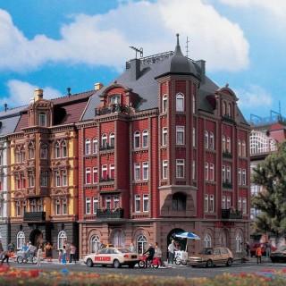 Hôtel ou maison de ville d'angle -HO-1/87-VOLLMER 43811