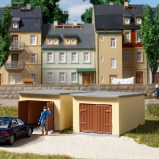 2 garages à voiture-HO-1/87-AUHAGEN 12341
