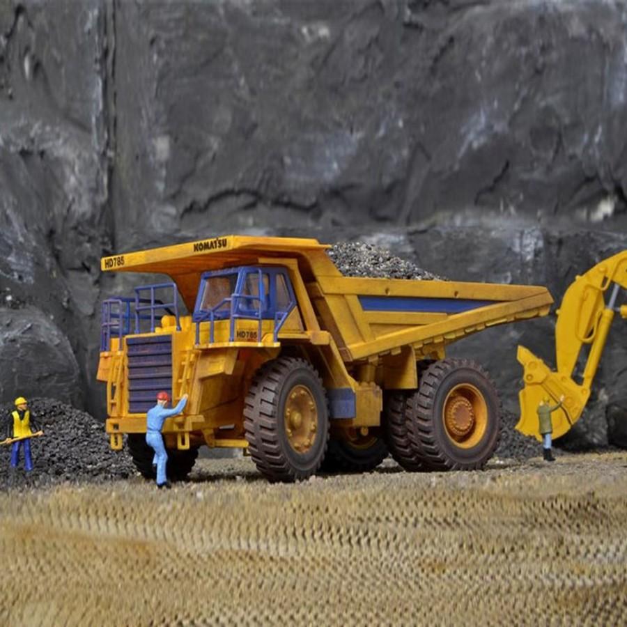 Dumper camion benne géant de carrière  -HO-1/87-KIBRI 11660