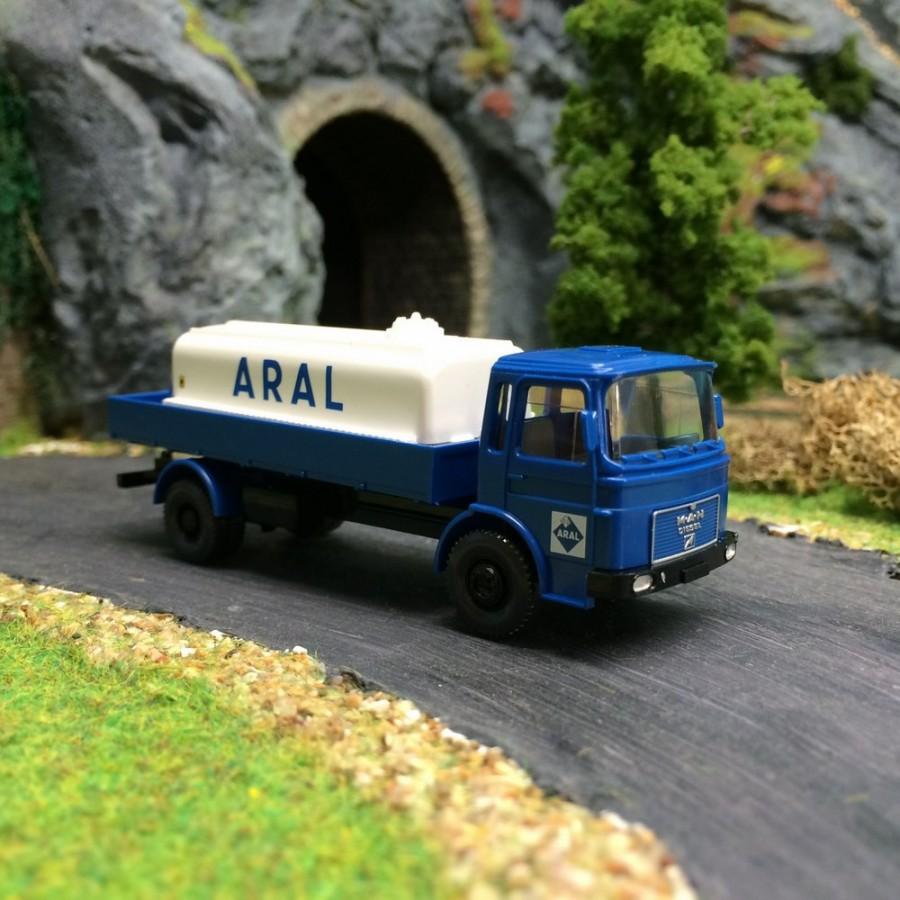 Camion citerne Aral  Man -HO-1/87-Wiking 080899