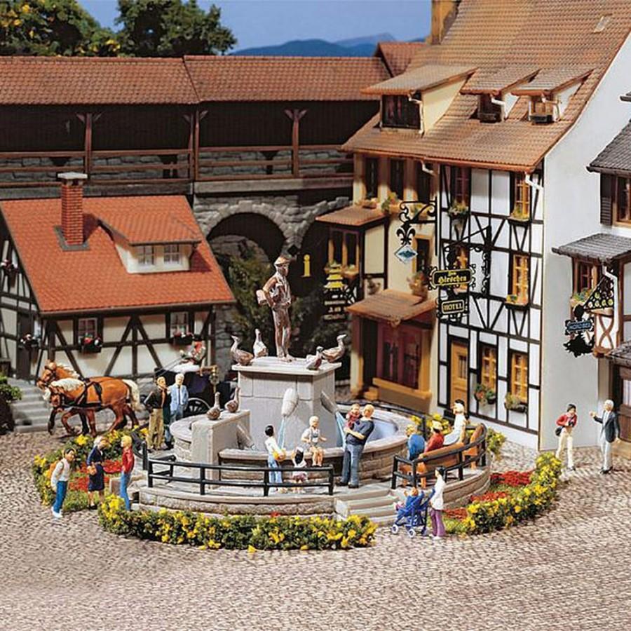 Fontaine décorative pour place de ville-HO-1/87-FALLER 130232