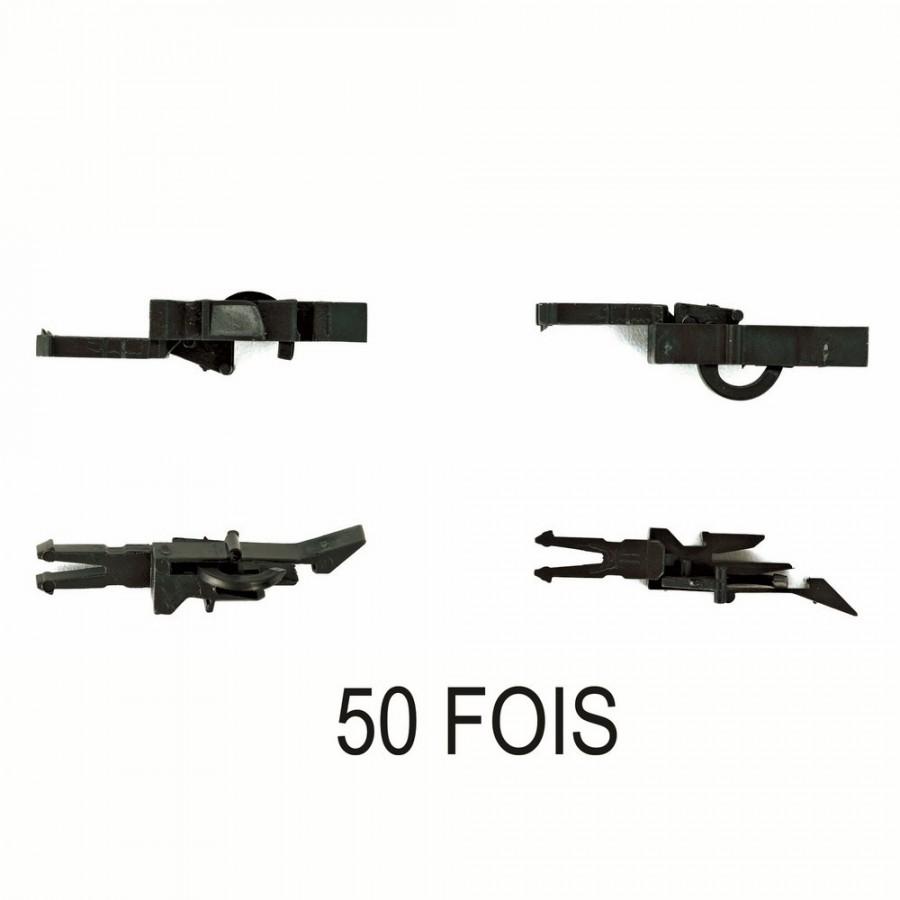 50 attelages type pinces  boitier NEM  -HO-1/87-ROCO 40271