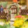 2 arches de jardin pour rosiers avec rosiers -HO-1/87-NOCH 14228