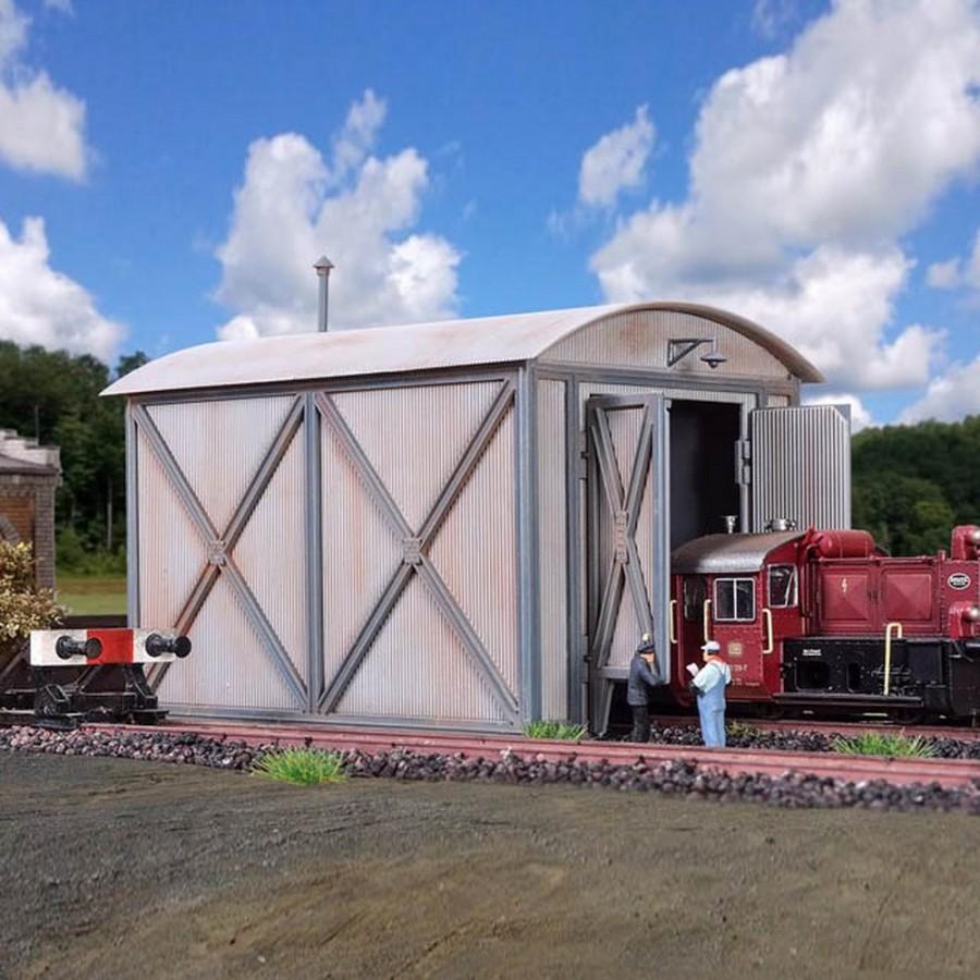 Remise hangar à locomotive maquette à monter-HO-1/87-VOLLMER 45761
