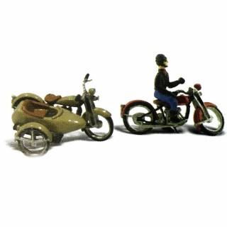1 motard  et 1 side-car à monter et peindre-HO-1/87-WOODLAND SCENICS D228