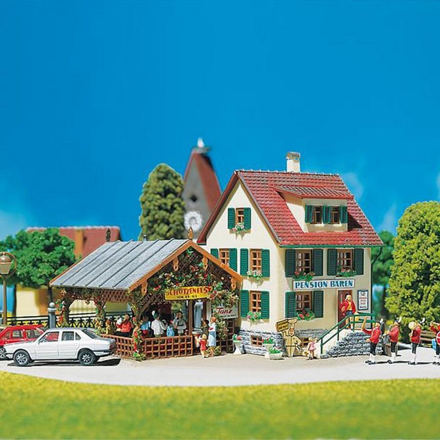 Auberge de village maquette à monter-HO-1/87-FALLER 130269