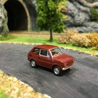 Fiat 126 rouge carmin-HO-1/87-Drummer 22364