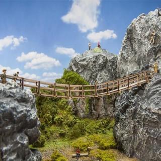 Pont suspendu entre deux blocs de rochers -HO-1/87-FALLER 180391