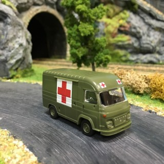 Fourgon Saviem SG2 Ambulance militaire -HO-1/87-IGRA 2909