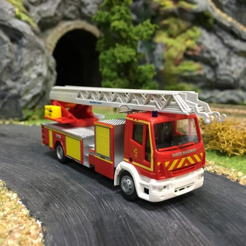 pompier iveco eurocargo grande chelle ho v hicule rietze 68550. Black Bedroom Furniture Sets. Home Design Ideas