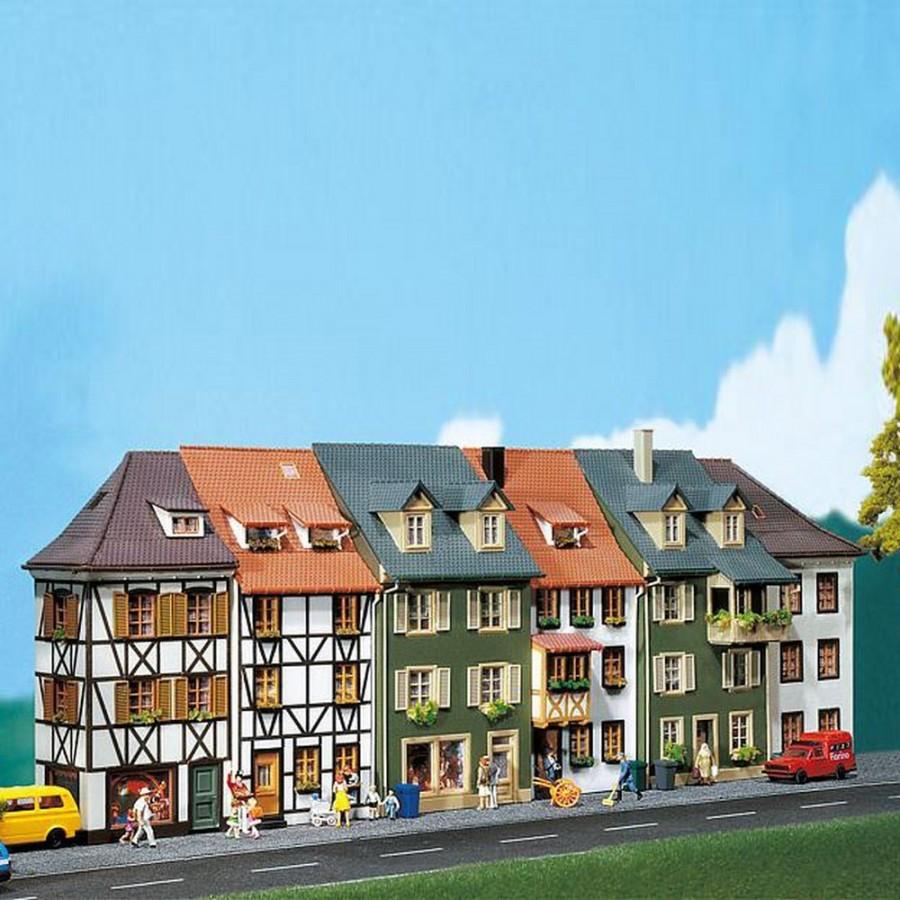 6 demi maisons de ville -HO-1/87-FALLER  130430