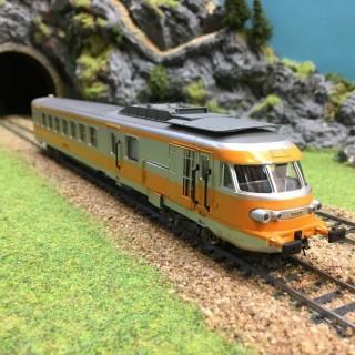 Fausse motrice Turbotrain 2CL Sncf -HO-1/87-JOUEF 5494 DEP13-27