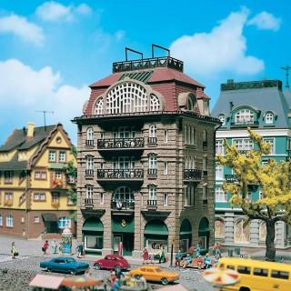 Grande maison de ville avec Café N-1/160-VOLLMER 47650