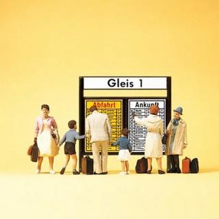 6 voyageurs avec afficheur de quai N-1/160-PREISER 79145