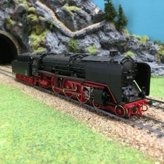 Locomotive BR 01 DB -HO-1/87-ROCO 04119A DEP75-05
