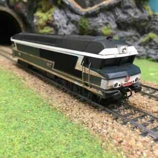 Locomotive CC72001 Sncf -HO-1/87-JOUEF DEP9-09
