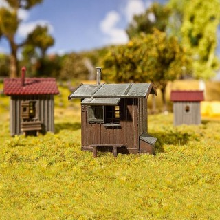 3 cabanes ferroviaire, remise à outils -HO-1/87-FALLER 120211