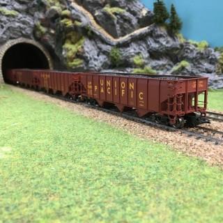 Coffret de 4 tombereaux transport de charbon U.P.-HO-1/87- MARKLIN 45800 DEP73-022