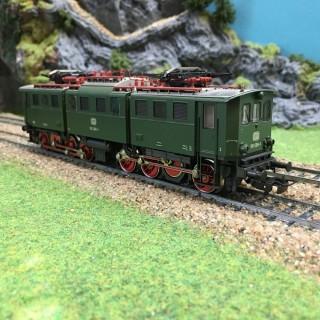 Locomotive type BR191 DB -HO-1/87-MARKLIN 3329 DEP64-31