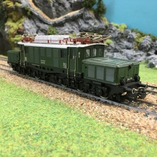 "Locomotive type E94 276 ""Crocodile"" DB -HO-1/87-MARKLIN 3022 DEP64-32"