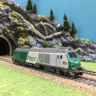 Locomotive diesel BB75403 Sncf digitale son-HO-1/87-OSKAR 1542 DEP2-67