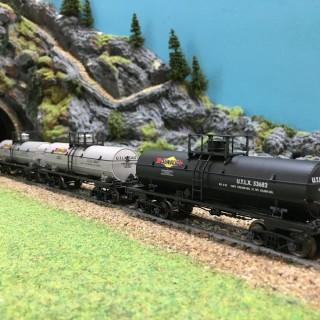 Coffret de 3 wagons citerne SUNOCO-HO-1/87-MARKLIN 45656 DEP73-033