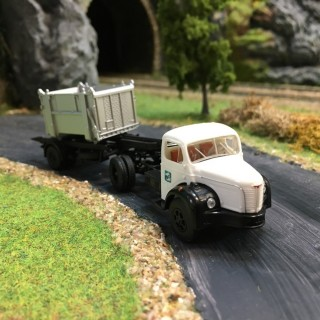 Berliet TLR 8 SNCF -HO-1/87-BREKINA 85427