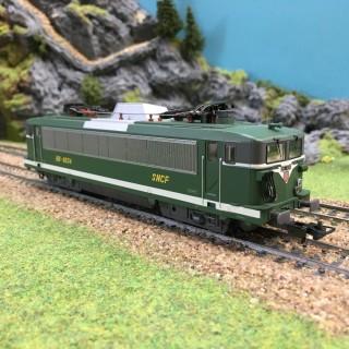 Locomotive BB8634 époque IV SNCF-HO-1/87-PIKO 96511 DEP61-20