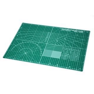 Plaque de découpe format A3 verte-Toutes échelles-TAMIYA 74076