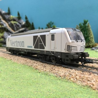 Locomotive BR247 Vectron ép VI 3R digitale son-HO-1/87-MARKLIN 36290