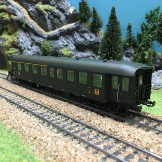 Voiture ABmy Pullman époque IIIb SNCF-HO-1/87-REE VB36103