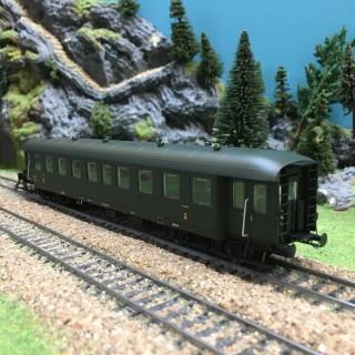 Voiture Bmyf Pullman époque IIIb SNCF-HO-1/87-REE VB36106