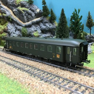 Voiture Bmyf Pullman époque IIIb SNCF-HO-1/87-REE VB36101