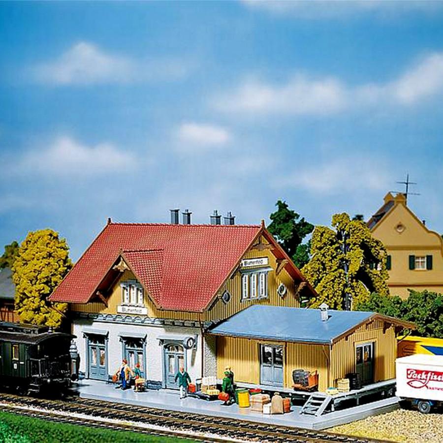 Gare de Beaufort-HO-1/87-FALLER 110097