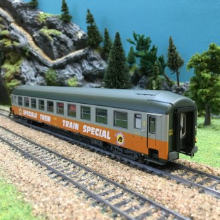 Voiture UIC B9 couchettes NORD ép IV SNCF-HO-1/87-R37 42108