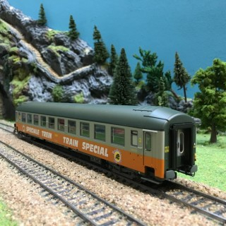 Voiture UIC B9 couchettes NORD ép IV SNCF-HO-1/87-R37 42109