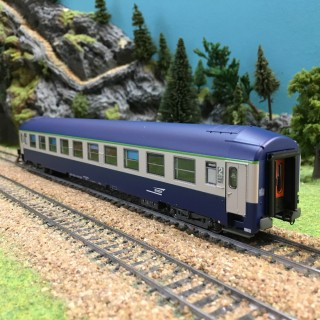 Voiture UIC A4 B5 couchettes S-O ép V SNCF-HO-1/87-R37 42118