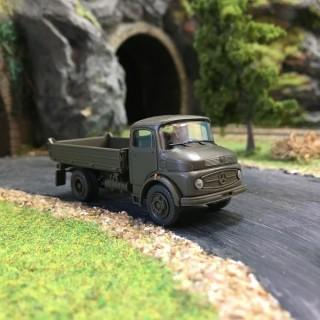 Camion benne Mercedes LK 911 B RFA-HO-1/87-PREISER 37010