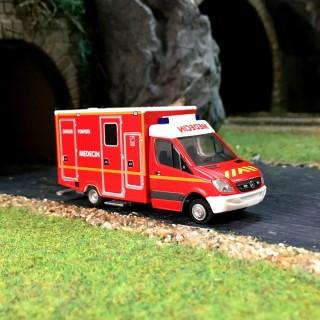 MERCEDES Pompiers Medecin-HO-1/87-RIETZE 61786