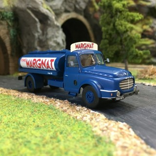Camion Willeme citerne à vin Margnat-HO-1/87-REE CB-072