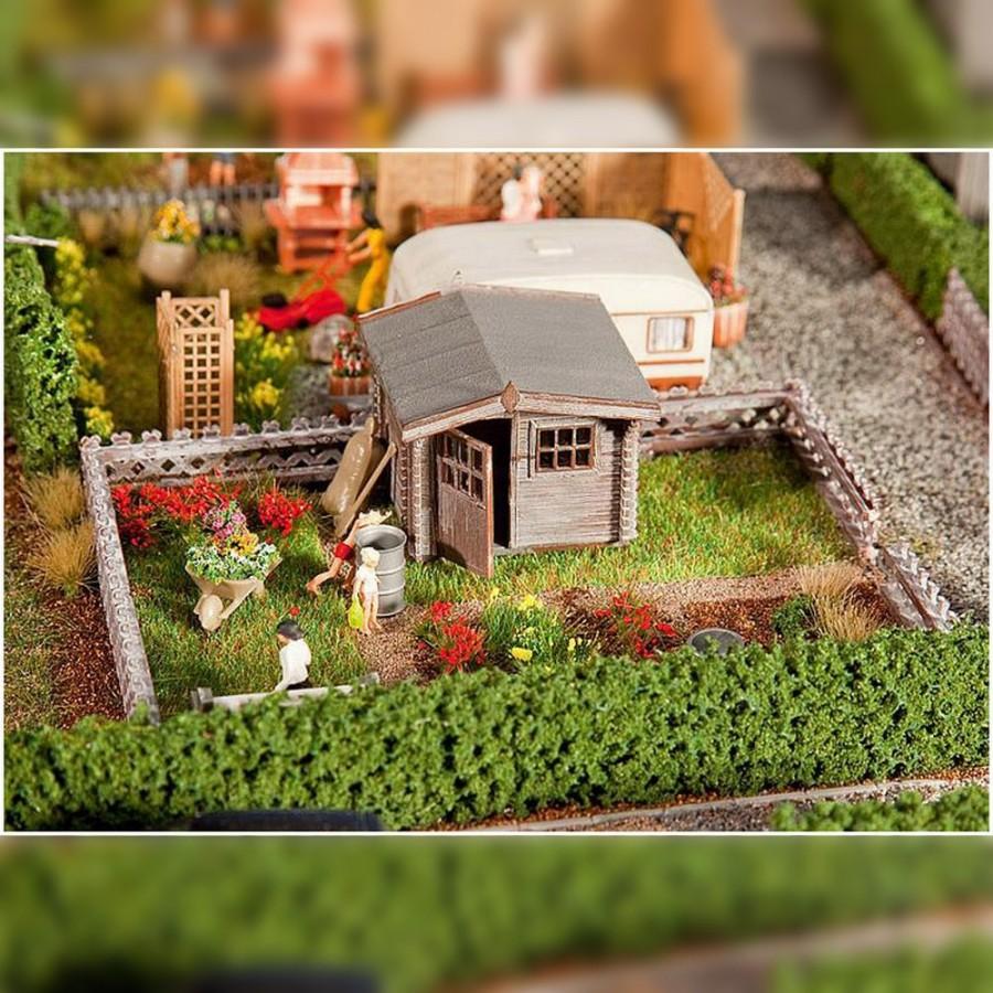 Jardin potager avec petite maison ho 1 87 faller 180492 - Recherche maison a louer avec jardin ...