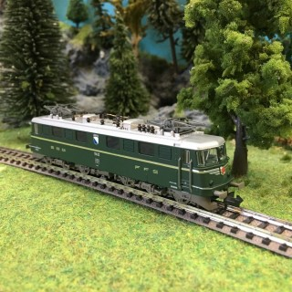 "Locomotive Ae 6-6 ""Cantonale"" CFF ép III digitale son-N 1/160-FLEISCHMANN 737291"