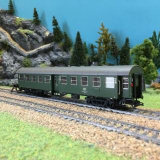 Voiture voyageurs CL2 DB ép IV-HO-1/87-TRIX 23492