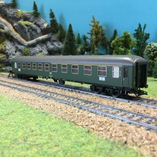 Voiture voyageurs Abm 225 mixte CL1-CL2 DB ép IV-HO-1/87-TRIX 23497